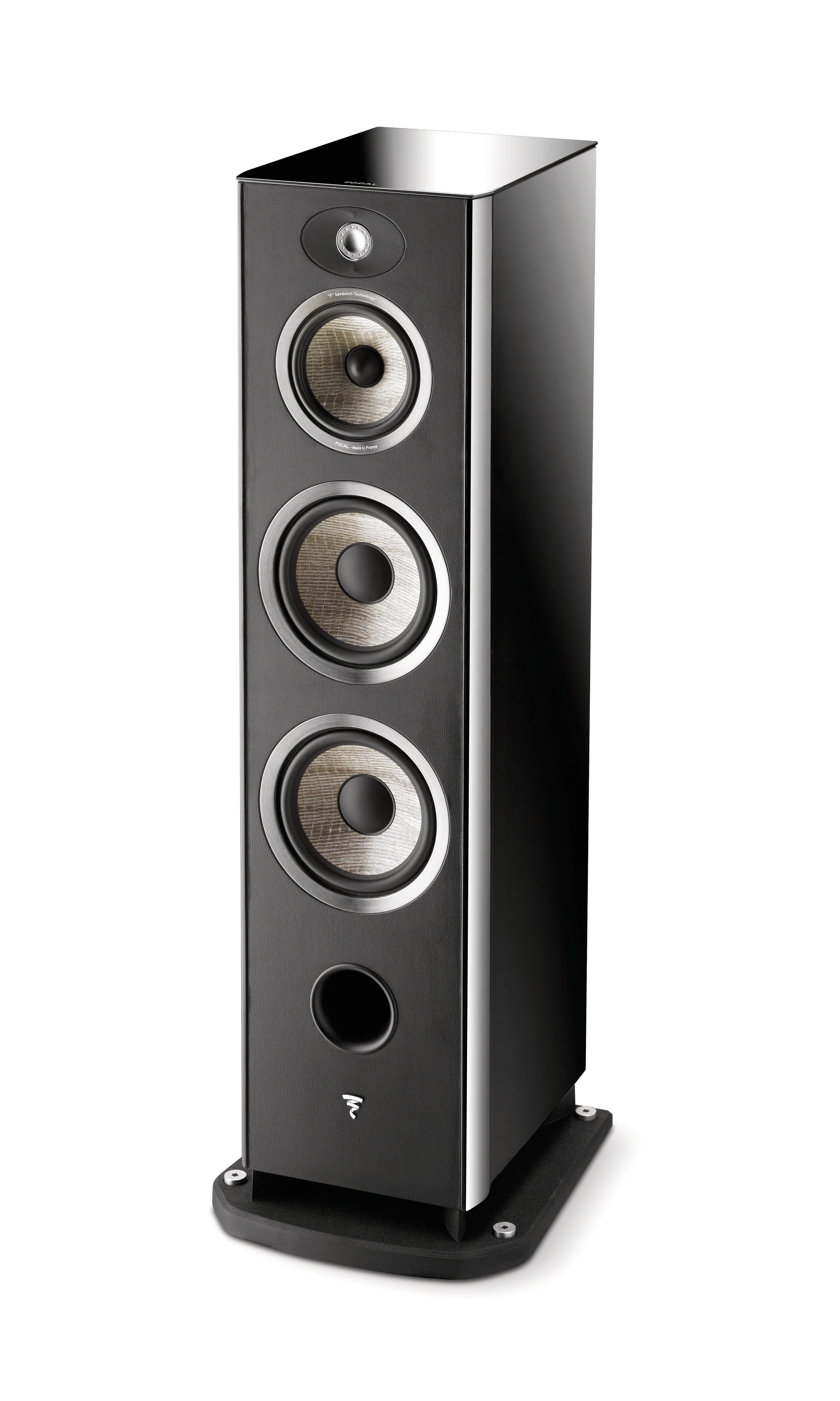 focal aria 900 affordable luxury audioplus news and views. Black Bedroom Furniture Sets. Home Design Ideas